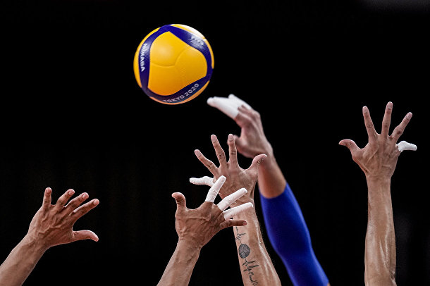 Венесуэльские и итальянские волейболисты
