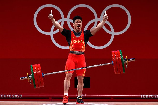 Тяжелая атлетика - Мужчины 73 кг - Группа А. Ши Чжиен из Китая