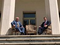 Посла России Джагаряна пригласили в МИД Ирана из-за фото с британским послом