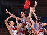 Выступление женской команды по художественной гимнастике из Узбекистана
