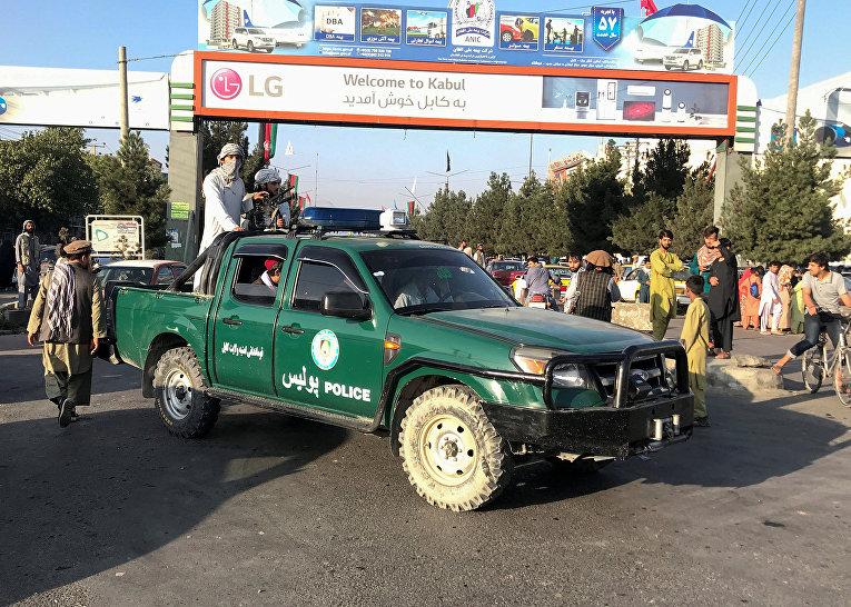 """Боевики движения """"Талибан""""* в Кабуле"""