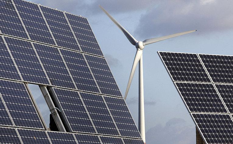Солнечные панели и ветряная электростанция
