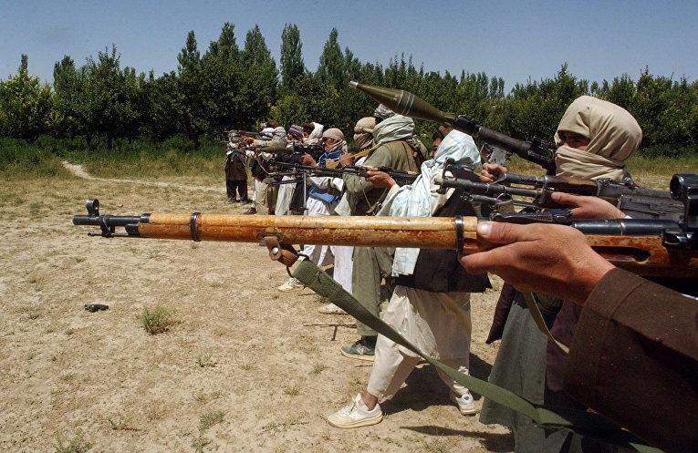 Талибы на стрельбище в Афганистане
