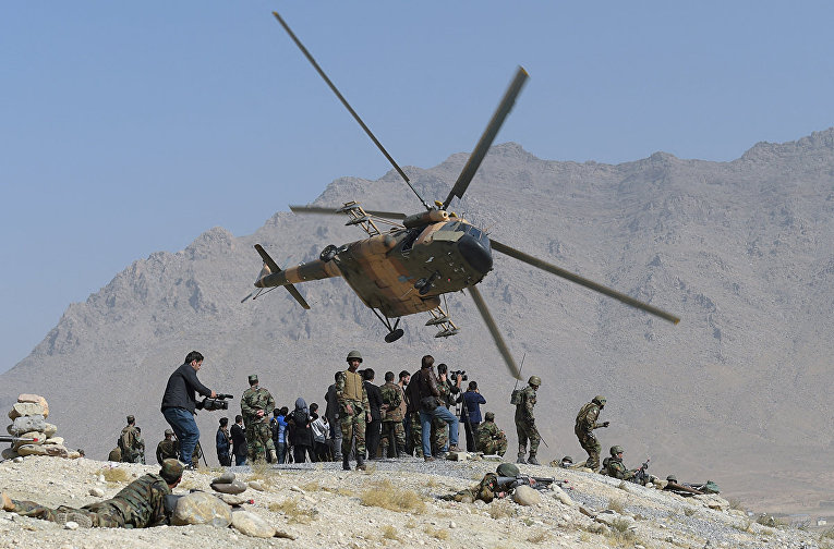 Вертолет Ми-17 ВВС Афганистана