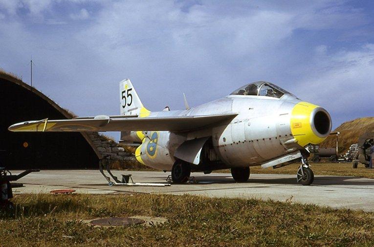 Сааб 29 «Летающая бочка» на вооружении ВВС Швеции