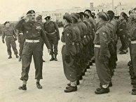 В. Андерс инспектирует части 2-го польского корпуса