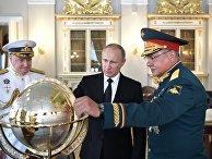 Президент РФ В. Путин принимает участие в торжествах по случаю Дня ВМФ РФ