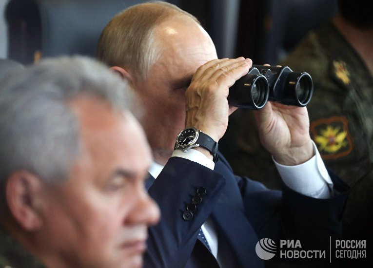 """Президент РФ В. Путин посетил учения """"Запад -2021"""""""