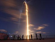 SpaceX впервые отправила на орбиту полностью гражданский экипаж