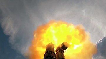 """Новейшая ЗРС С-500 провела испытательные стрельбы на полигоне """"Капустин Яр"""""""