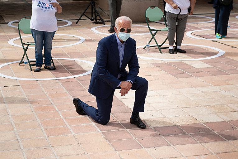 Кандидат в президенты США Джо Байден в Лас-Вегасе, штат Невада, 9 октября 2020 года