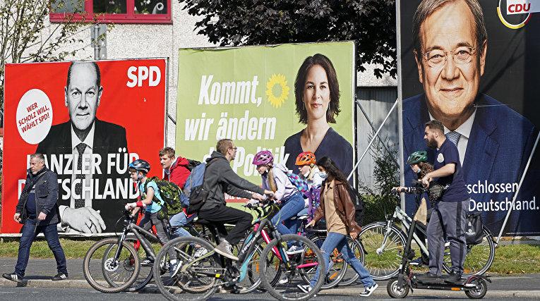 Предвыборные постеры в Берлине, Германия