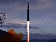 Гиперзвуковая ракета «Хвасон-8», запущенная с полигона Доян уезда Рёнрим провинции Чаган