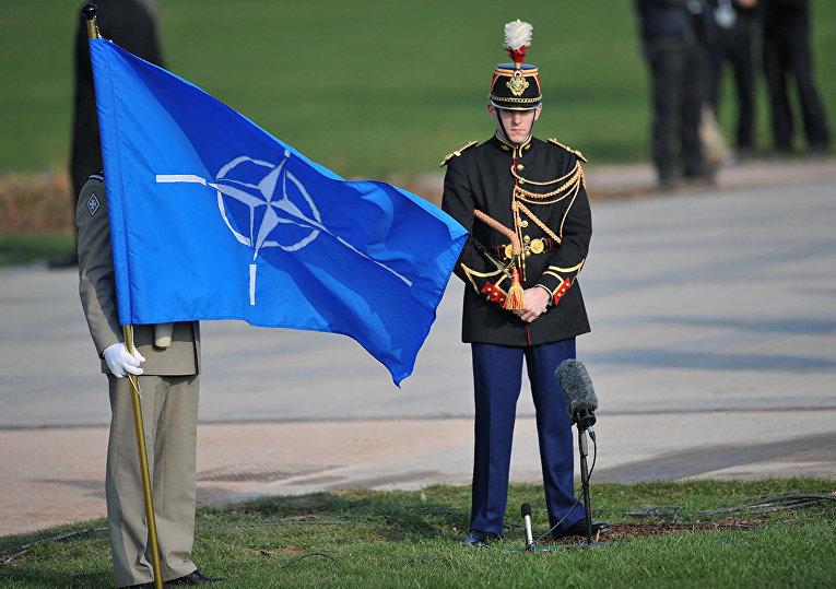 Церемония во время саммита НАТО в Страсбурге, Франция