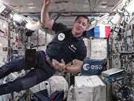 Французский астронавт Тома Песке на МКС