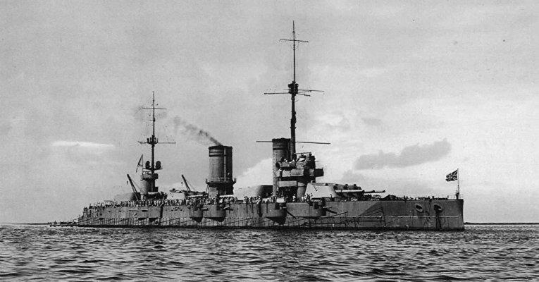 Российский линейный корабль-дредноут «Гангут»