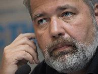 Дмитрий Муратов во время пресс-конференции в агентстве РИА Новости