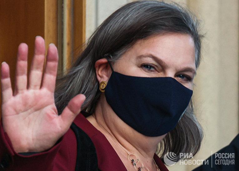 Помощник госсекретаря США В. Нуланд приехала в МИД РФ
