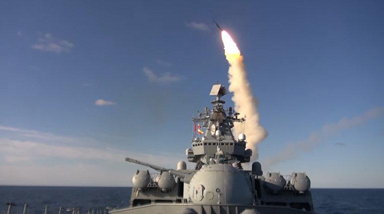 Ракетные стрельбы кораблей Тихоокеанского флота в Японском море