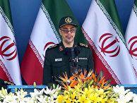 Глава генштаба Вооруженных сил Ирана генерал-майор Мохаммад Багери во время военного парада в Тегеране