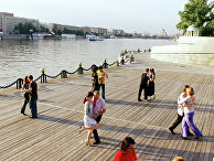 Танцы в Парке культуры и отдыха им. М.Горького в Москве